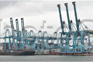Algeciras, puerto de contenedores.