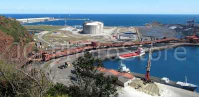 Muelle Olano en el puerto de Gijón